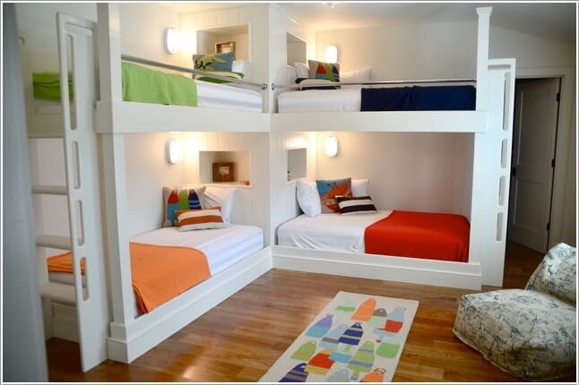 10-cool-built-in-bunk-bed-rail-ideas-1