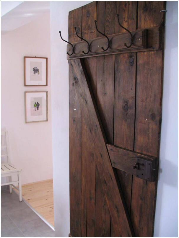 add-a-vintage-feel-to-your-home-with-recycled-barn-doors-4