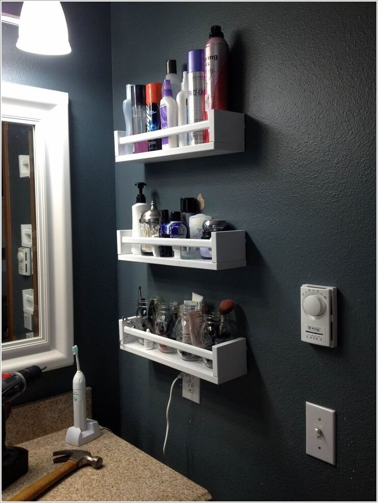 Exceptionnel 2. Rethink Spice Racks For Storing Your Toiletries