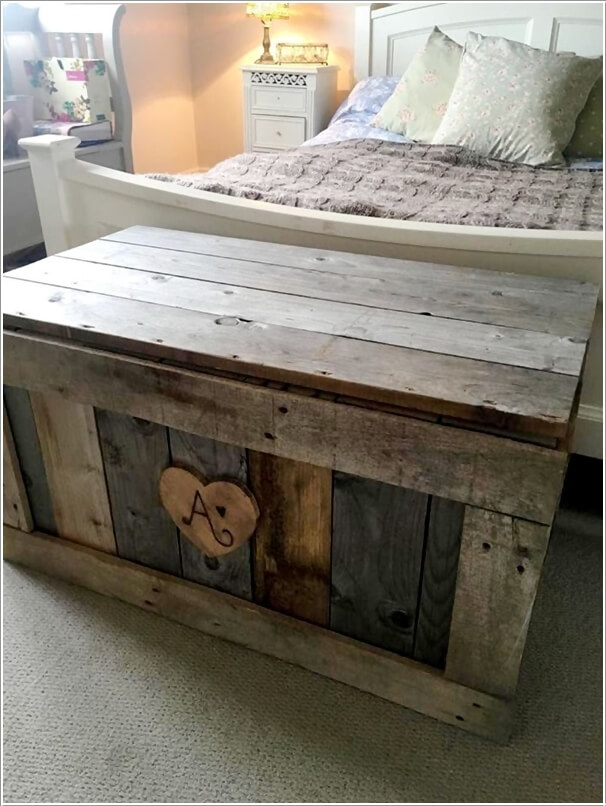 Place A Pallet Storage Chest Next To The Footboard Of Your Bed