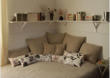 15 Clever Storage Ideas for a Small Bedroom 2