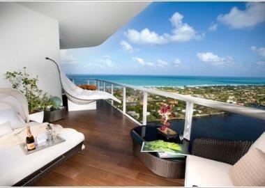 15 Wonderful Balcony Floor Ideas 3