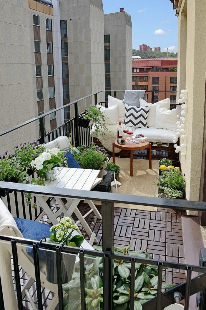 15 Wonderful Balcony Floor Ideas