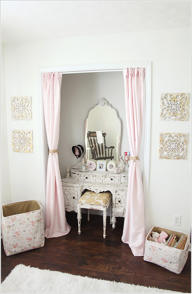 Add A Stylish Vanity Table To Your Little Girl S Room