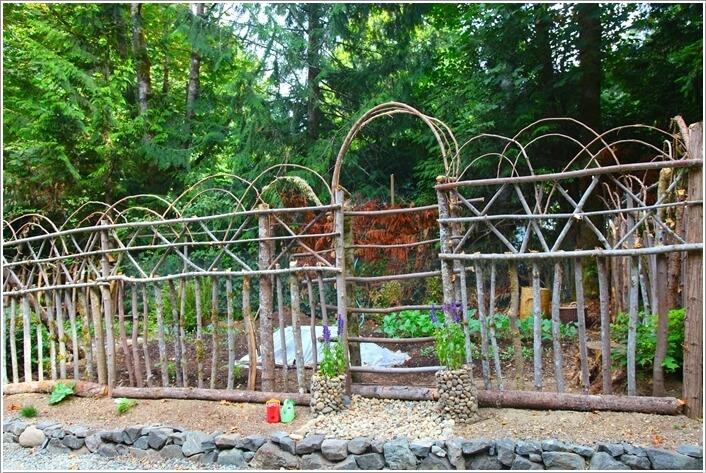 10 Creative See Through Fence Ideas For Your Garden