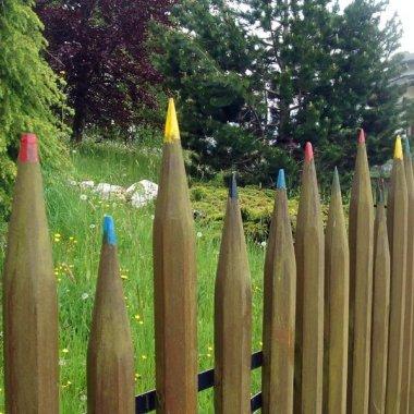 10 Creative See Through Fence Ideas for Your Garden fi