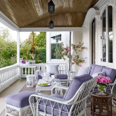 Decorate Your Front Porch with Whimsical White fi