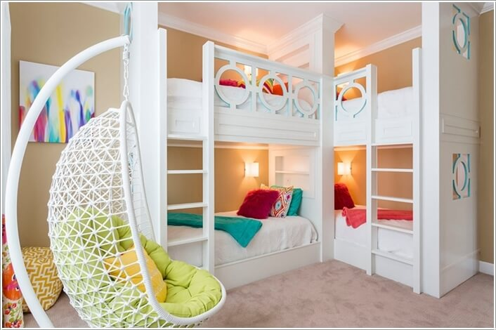 2 a double bunk bed that can accommodate four kids