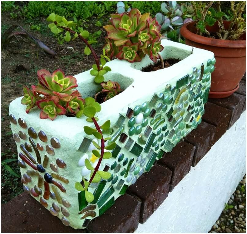 Garden Decorations Diy: 12 DIY Mosaic Garden Decor Projects