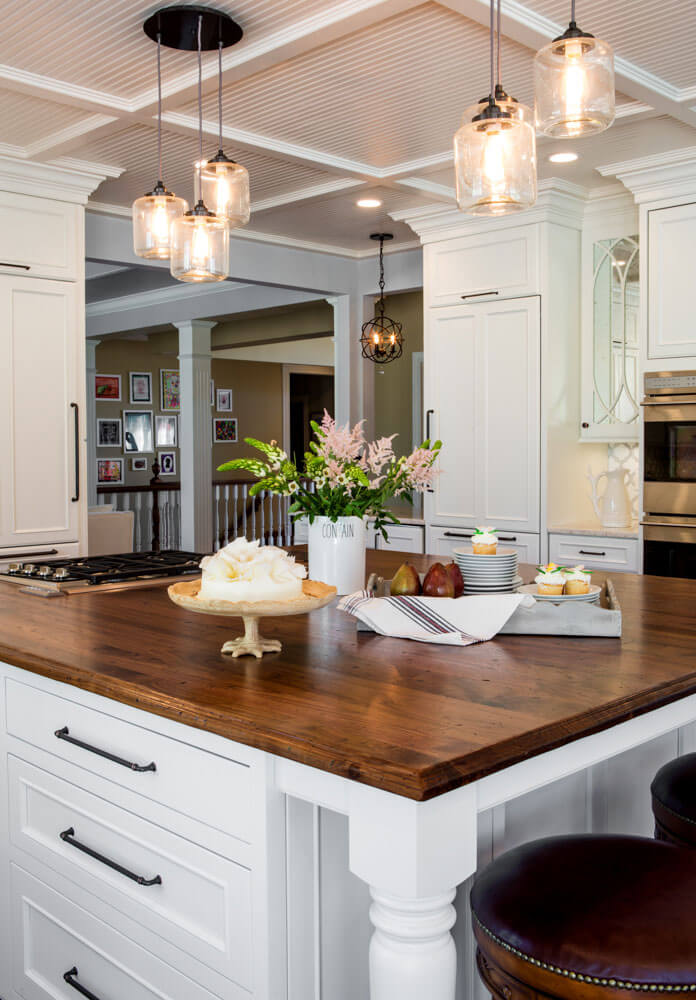 Luxury Countertop Design With Exciting Crema Bordeaux ...