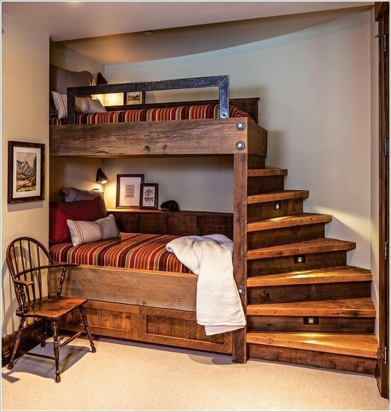 Bedroom with an Alcove