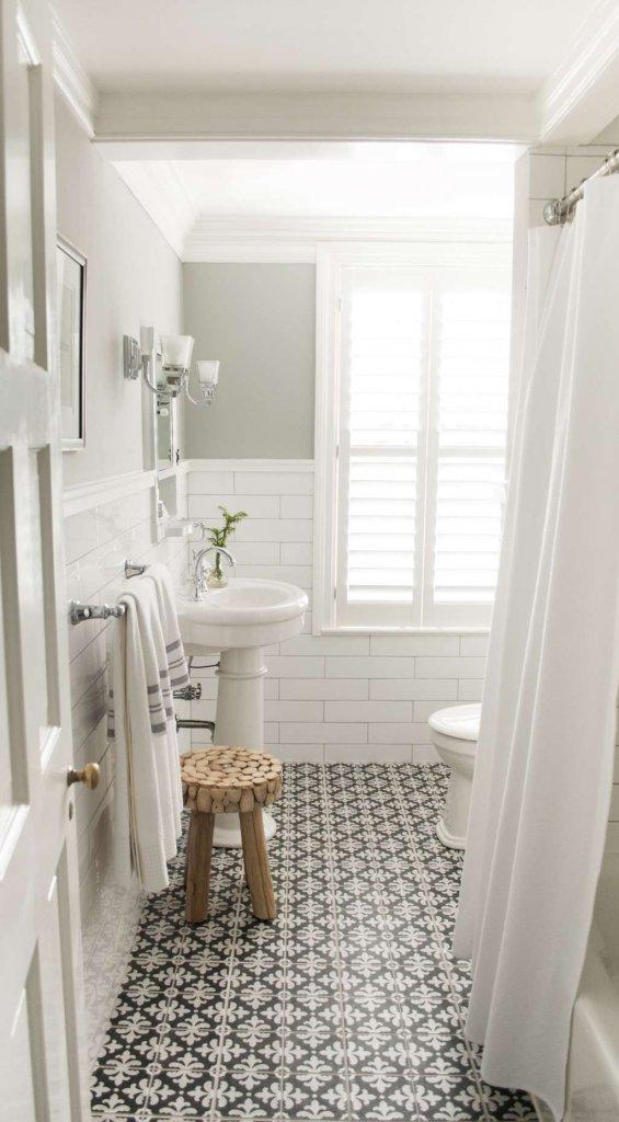 White Bathroom Ideas