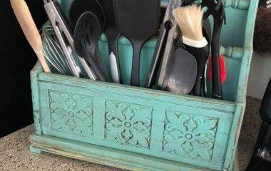 old magazine rack