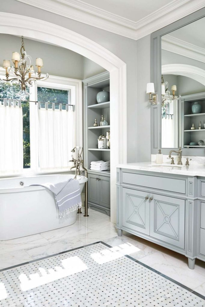 Ideas to Decorate a Bathroom with Light Blue Cabinets