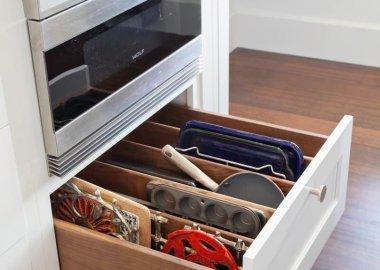 bakeware storage