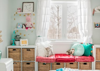 https://thediymommy.com/10-small-space-organization-hacks/